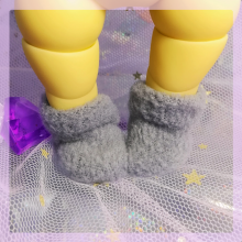"Socks for Mizuki - plush grey - Online shop ""Villi Tunes Doll"""