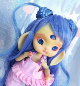 "Wig size 1/4 - blue - long hair with tails - Online shop ""Villi Tunes Doll"""